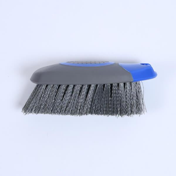 carpet brush for car