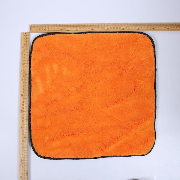 microfiber car detailing towel